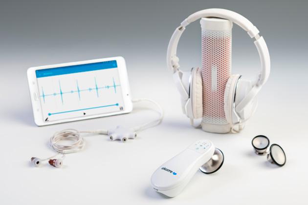 Teaching Stethoscope Kit includes headphones